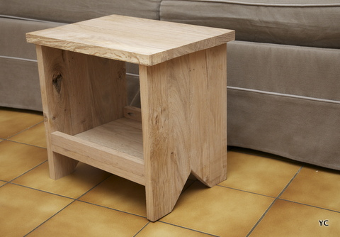 diy la r alisation d 39 un tabouret en ch ne pour moins de 5 euros. Black Bedroom Furniture Sets. Home Design Ideas