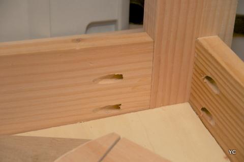 A faire soi m me comment fabriquer une desserte for Assemblage de meuble en bois