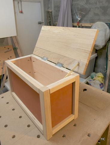 A faire soi m me fabriquer un coffre jouets une m thode simple - Comment fabriquer un caisson en bois ...
